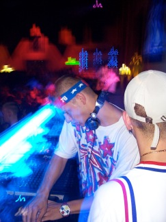 Mr. E djing with Cronite