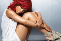 Rihanna-Hair